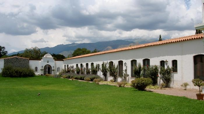 Interior de Patios de Cafayate Hotel Wine-Spa.  Bodega El Esteco