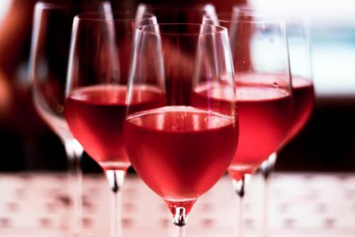 tipos-de-vinhos-rose