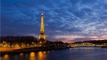 eiffel_tower_paris_landscapes_night_seine_desktop_wallpaper-1366x768 (1)
