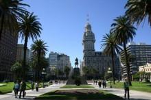 Plaza-Independencia-600x400